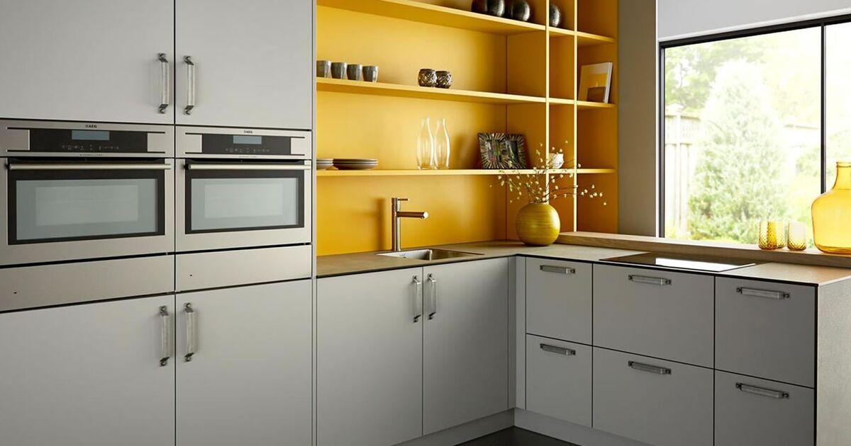 Keller Keuken Grijs & Goud | Keukenstudio Maassluis