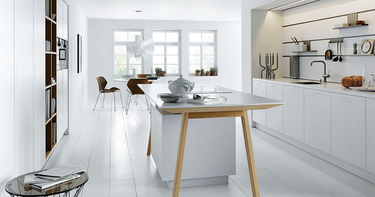 Next125 Keuken Prijzen : Next solid wit met kooktafel keukenstudio maassluis