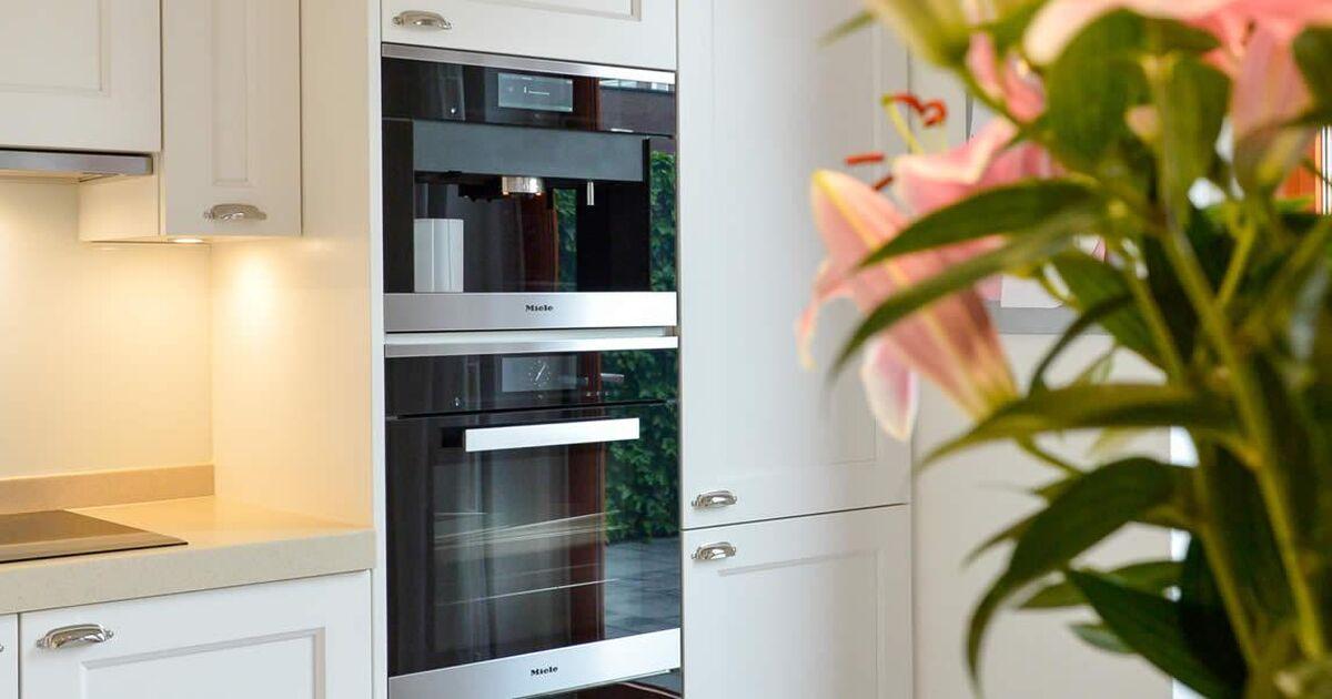 Tijdloze keukens : Keukenstudio Maassluis